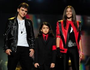 Принс, Пэрис и Бланкет, 2011 г.