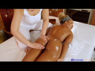 Massage Rooms  Lee And Romy Indy