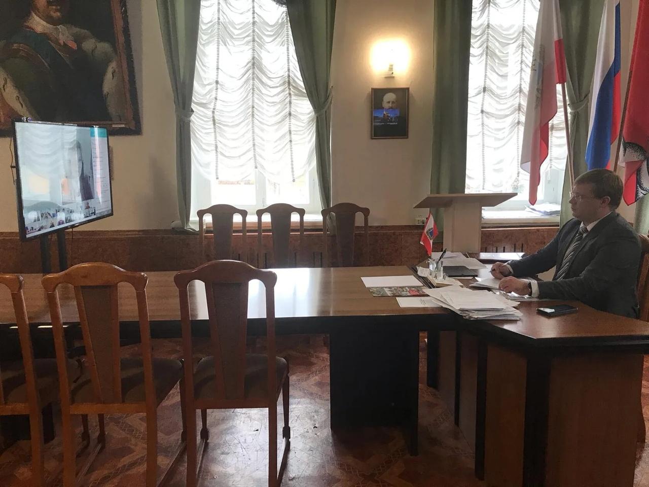 Глава Петровского района Денис Фадеев принял участие в заседании правительства Саратовской области