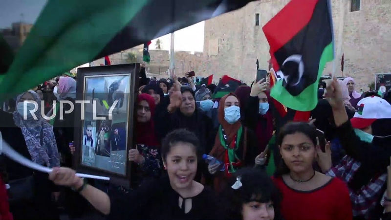 Libya Hundreds celebrate in MartyrsSquare as GNA retakes control of Tripoli region