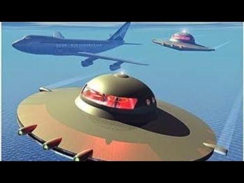 UFO Impressionante Drone cai e Ovni quase choca com avião
