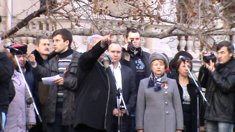 Митинг в Севастополе 2014 02 23 (Василий Михайлович Пархоменко) с 16:00 11