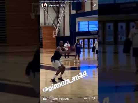 Giannis trains with Korver