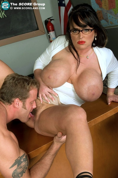 Watch big breasted indianna jaymes tit fucks a hard cock