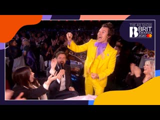 Jack whitehall chats to harry styles and lizzo ¦ the brit awards 2020 [rus sub]
