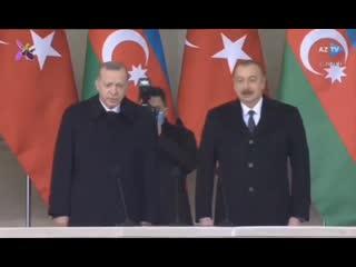 Президенты Турции и Азербайджана вместе принимают военный парад в Баку в честь победы в недавней войне в Карабахе. #Азербайджан