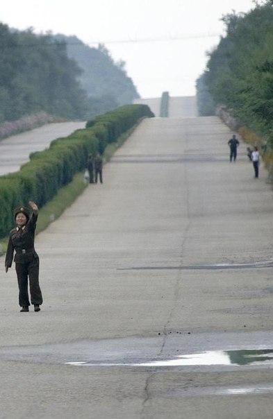 вот, скрытые фото северной кореи просто