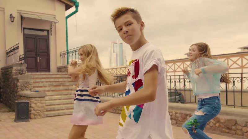 Артем Скороль - Улыбнись (Junior Eurovision 2018)