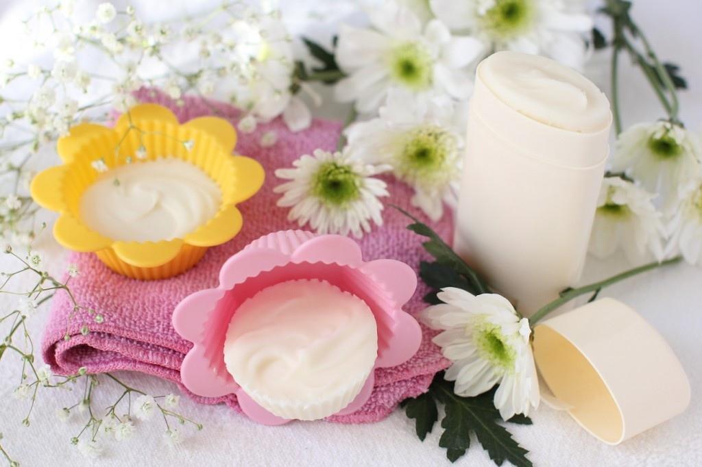 Трюк с дезодорантом, который обеспечит вам свежесть с утра до вечера