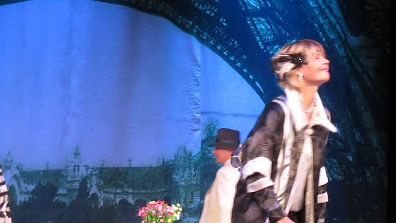Бестолочь спектакль Поклон артистов Бестолочь Железняк Меньшова Галибина спектакль поклон актёры