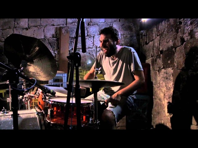 Giovanni Truppi Airola Sessions *3 Come una cacca secca