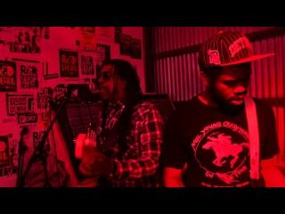 Death - Keep On Knocking (Live)