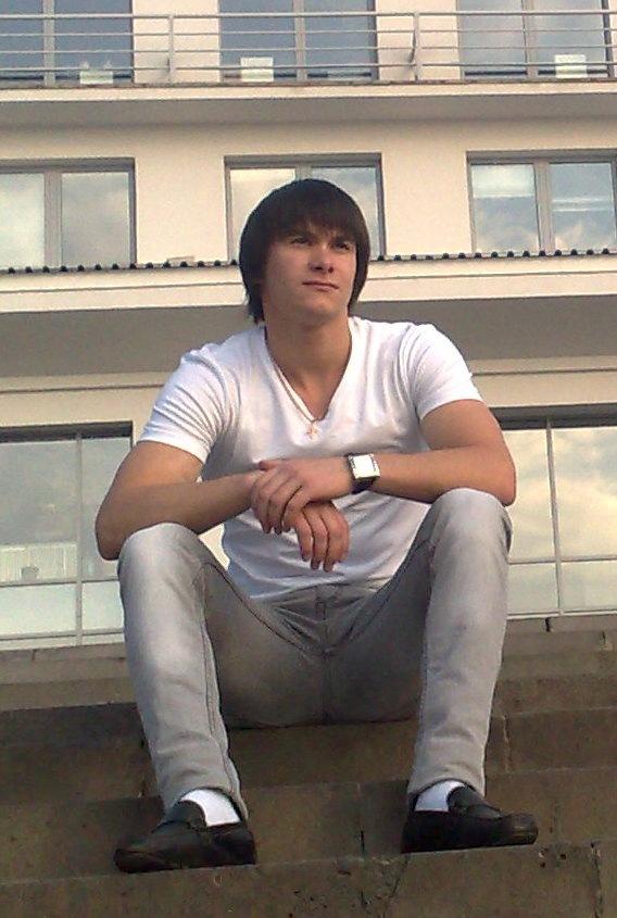 Илья, 32, Novyy Nekouz