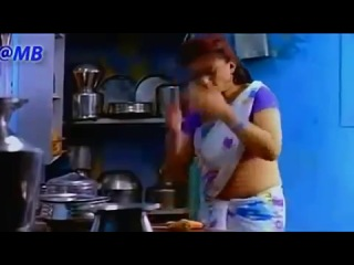 Hot and sexy indian aunty showing boobs to boy