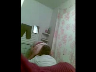 Чеченский инцест. дочка засняла на камеру как папаша периодически её трахает