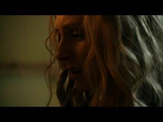 Lucy Lawless & Viva Bianca - Spartacus Vengeance (2011)