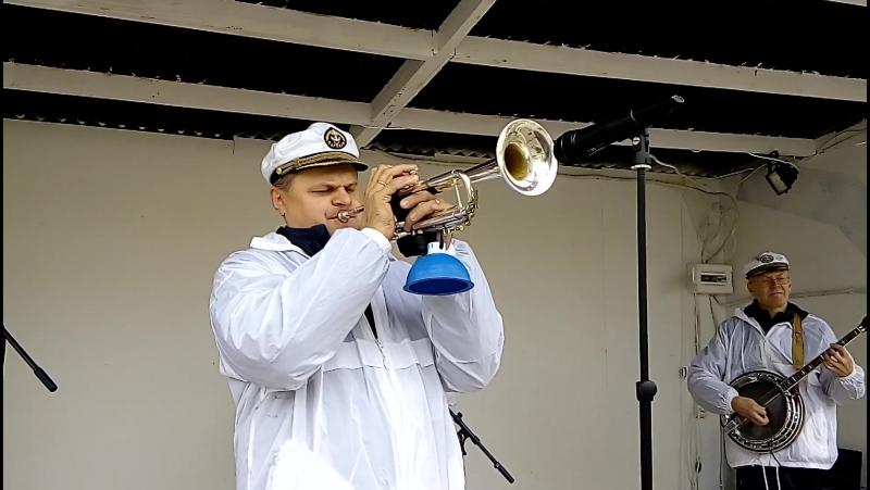 Valeriy Bukreev Captain`s Dixie Jazz Quartet 2016 Podmoscovnye Vechera Katiusha Otchy Chornye
