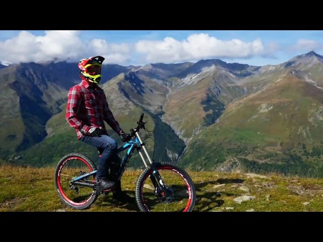 Downhill Mountain Biking in the French Alps with Gojira's Jean Michel Labadie