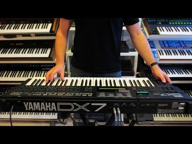 YAMAHA DX7 II FM Synthesizer 1987 RetroSound