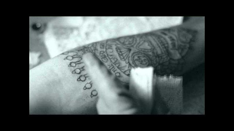 Vladimir Pastukhov process of tattoo