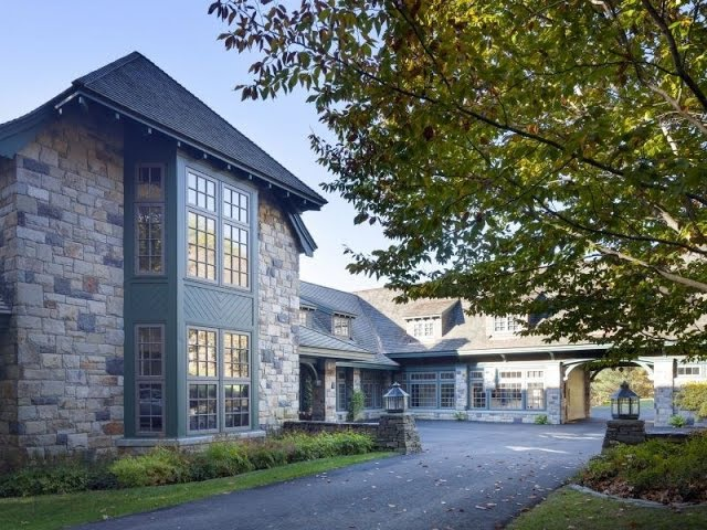 The Timeless Stonehill Farm Residence in Quechee Vermont