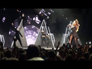 "Selena Gomez ""Same Old Love"" Revival Tour, Louisville, June 22, 2016"