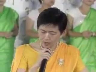 Харе Кришна в исполнении китайского хора