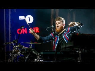 Jack Garratt - Worry (Radio 1's Big Weekend 2016)