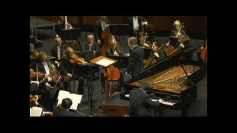 Nobuyuki Tsujii 辻井伸行 2009 Cliburn Competition FINAL CONCERT ショパン ピアノ協奏曲 第二番 第一楽章 前半