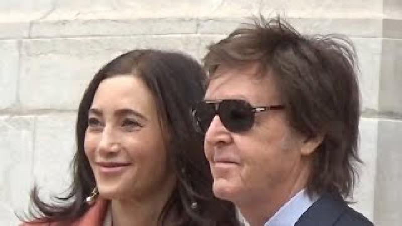 Paul McCartney Nancy Shevell @ Paris 7 march 2016 Fashion Week show Stella - mars