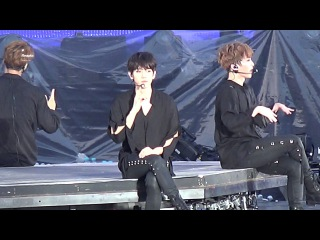 170527  Baekhyun Focus - White noise @ EXO'rDium in Seoul, D1