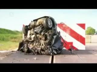 Краш-тест (уничтожение) Ford Focus на скорости 200кмч