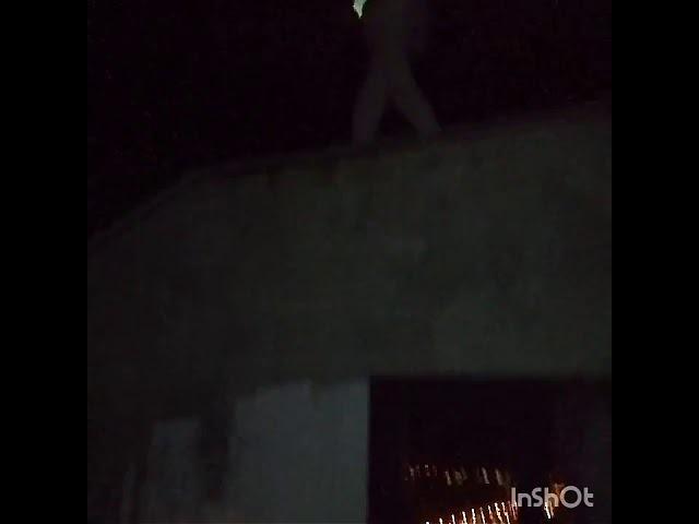 Руфер неудачник чуть не упал с крыши!