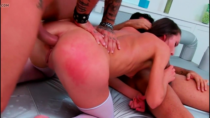 Hard Anal Squirt Threesome