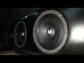 громкая музыка в mercedes! 3 пары момо 717нео! прослушка!