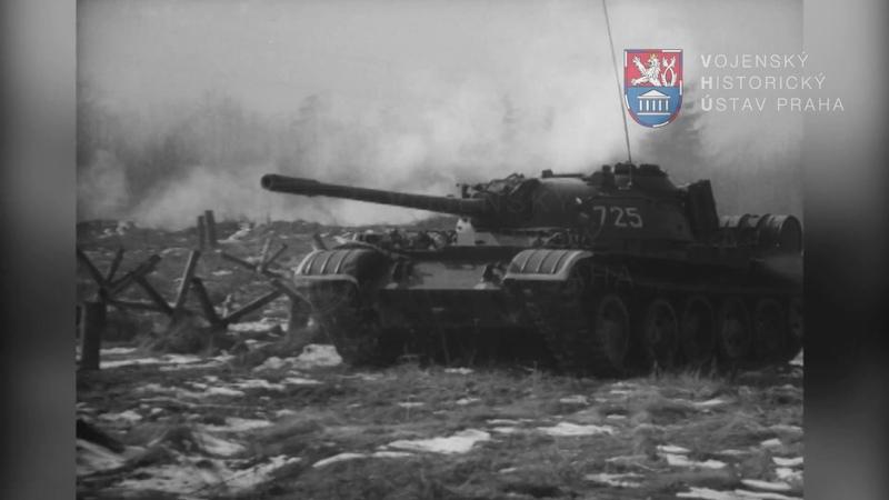 Zahlubovací zařízení na tanku T 55A a T 54AM