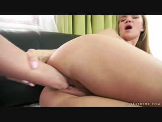 Angel Piaff, Vinna Reed [фистинг, fisting, dildo, big toys, extreme insertion, gape, lesbian]