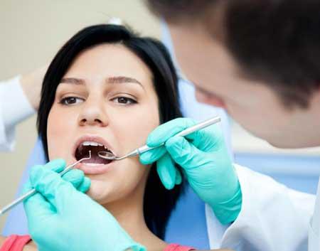 Временная зубная пломба может использоваться для лечения кариеса после удаления кариеса.