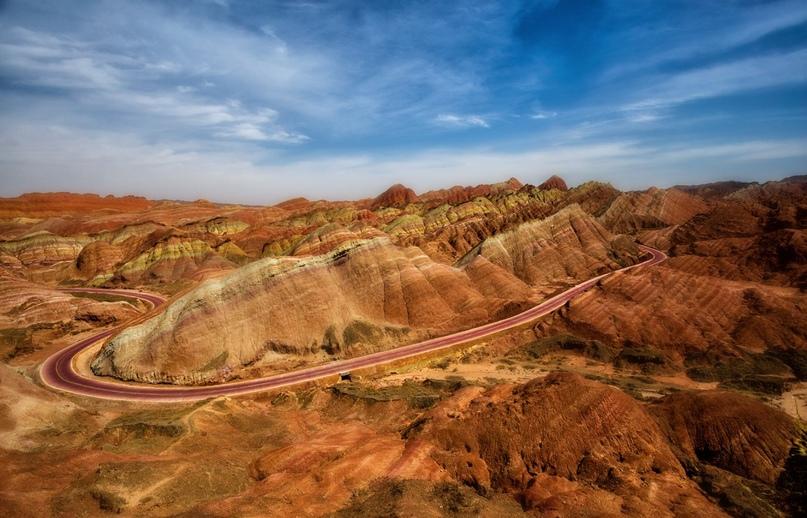 Китай: цветные горы Чжанъе-данься, изображение №6