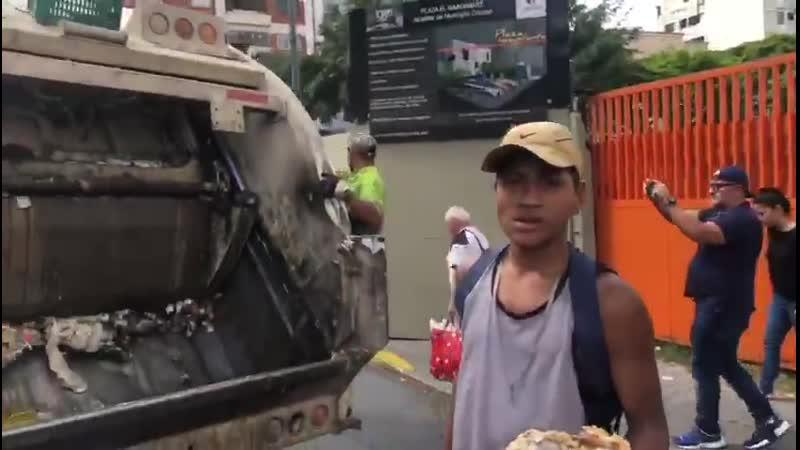 Estas son las imágenes que @jorgeramosnews le mostró a Nicolás Maduro y que provocaron que Maduro se levantara de la entrevista