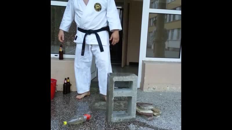 FTO KARATE DO Bulgaria Tameshiwari Breaking Simeon Goranov
