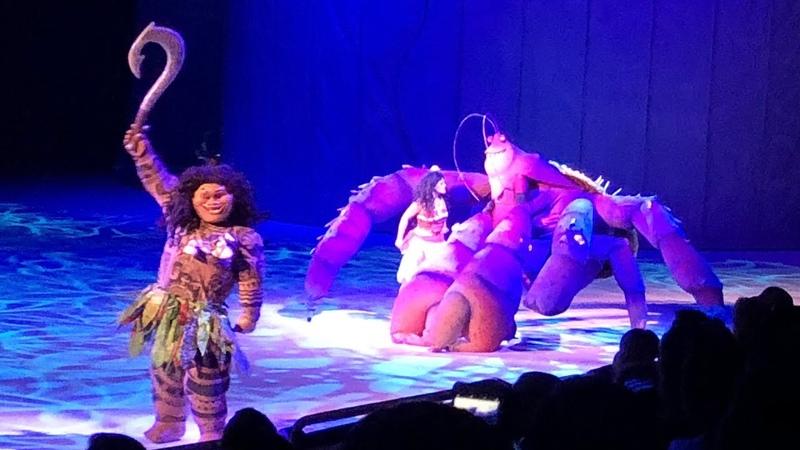 Moana, Maui Crab Tamatoa: Shiny at Disney On Ice Presents Dare to Dream in Orlando