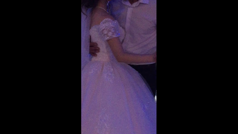 Танцует папа с дочкой 💕💍🙏 и лучше в мире танца просто нет