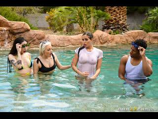 Desiree dulce & xander corvus pool shy hd big ass, big tits, huge tits, latina, milf, natural tits, toys