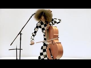 Kelsey Lu's live performance at Omotesando store opening