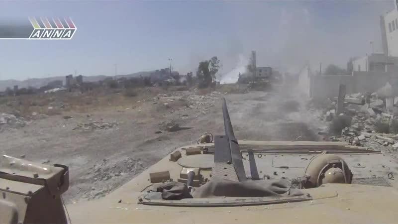 Сирия.Джобар.2013 год. БМП-2 Республиканской Гвардии ВС САР выдержала попадание реактивной гранаты СПГ-9