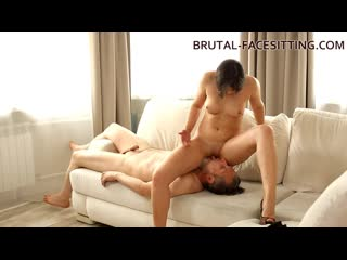 Brutal-Facesitting  Melanie Mayer Pussy Worship