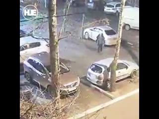 В Подольске псих ранним утром порезал колеса у 76 машин