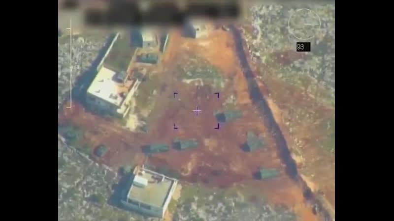 Muhaliflere topçu desteği veren TSK obüsleri İHAlar tarafından görüntülenmiş.