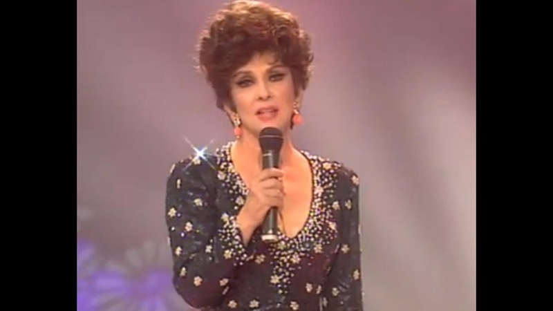 Gina Lollobrigida - Bésame Mucho